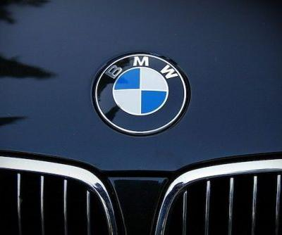 Next-Gen BMW Cruise Control Can Stop At Traffic Lights Automatically