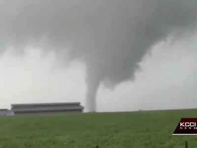 Weather service says EF-1 tornado hit south of Iowa City