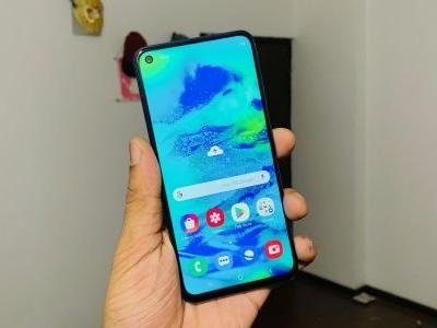 Samsung Galaxy M40 with punch hole display launched for Rs 19,990
