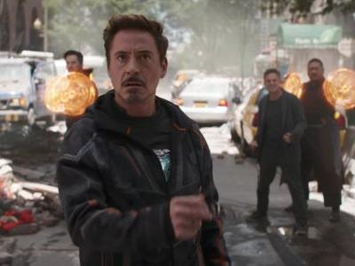 Here's why Iron Man has an outdated flip phone in 'Avengers: Infinity War'