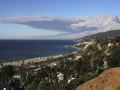 Malibu is in flames as two wildfires spread through southern California - here's what it looks like on the ground
