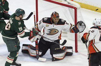 Ducks kick off road trip with 4-0 win over Wild