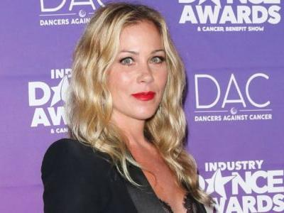 Christina Applegate to Star in, Produce Netflix's Dead to Me