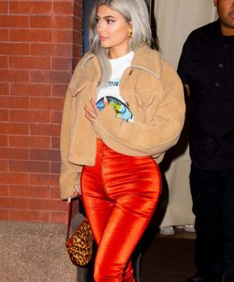 Kylie Jenner Wore Shiny Red-Orange Pants, and Now We Want Shiny Red-Orange Pants