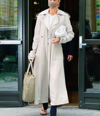 Rosie HW's Casual Outfit Costs $22,525 But I Just Recreated It for $373