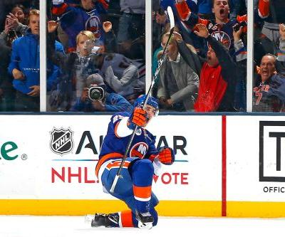 Rookie's first NHL goal propels red-hot Islanders to OT win