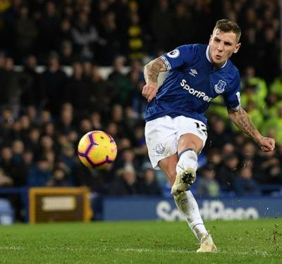 Everton 2 Watford 2: Digne salvages draw with 96th-minute free-kick