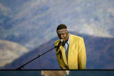 "Grammy Producers Say Frank Ocean Beef Stems From His ""Faulty"" 2013 Performance"