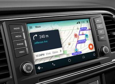 Love Waze's incident reporting feature? Lucky you, it's coming to Google Maps
