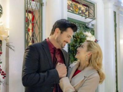 Hallmark Is Coming Out With 40 New Holiday Movies - And We Can't Wait