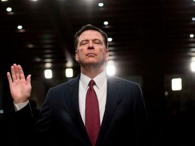 'Be very careful:' Comey was the first person to tell Trump about the Steele dossier before the inauguration - he couldn't have been more nervous
