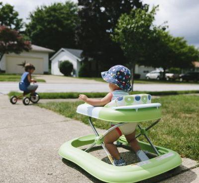 More than 9,000 children injured annually from infant walkers, study finds