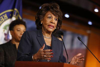 Maxine Waters Shuts Down Bill O'Reilly's Comments About Her Hair In Epic Clapback