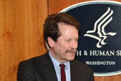 Ex-FDA Commish Califf Gives Props to Patient Groups-With Caveats