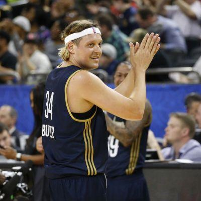 Watch Win Butler Play In The NBA Celebrity All-Star Game
