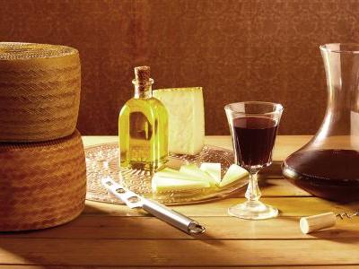 How Franco's 40-Year Rule Changed the Course of Spanish Wine and Cheese