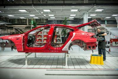 Tesla answers claims of poor factory working conditions and unionization efforts