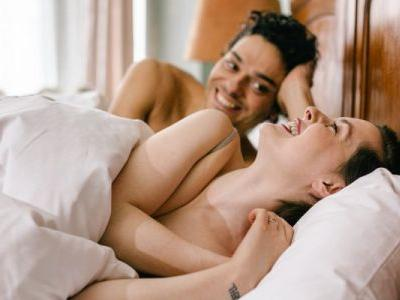 Yes, Friends With Benefits Can Be Done In A Healthy Way - Here's How