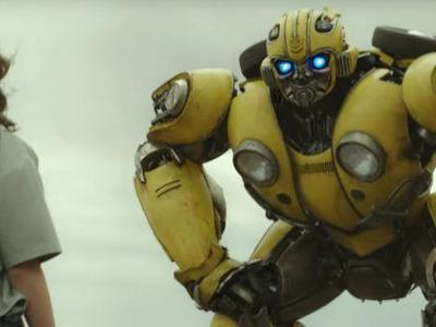 'Bumblebee' Trailer: Hailee Steinfeld Makes a New Friend in the First 'Transformers' Spin-Off