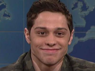 Pete Davidson Returns To SNL As Fans Worry About His Alarming Instagram Posts