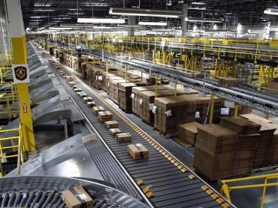 Amazon to employees: We'll pay you to quit and haul packages