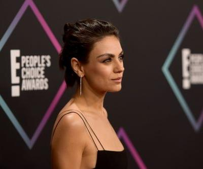 Celebrities address deadly wildfires during People's Choice Awards