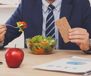 Good News for Men: Low-calorie Diet Helps You Lose More Weight