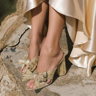 19 Pairs of Gold Sandals You'll Want to Wear With Everything
