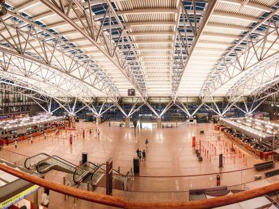 Hundreds of people were evacuated from Hamburg airport after a gas leak