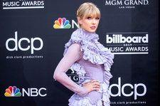 Taylor Swift Sprouts Giant Butterfly Wings for 'ME!' Performance on 'The Voice' Finale: Watch