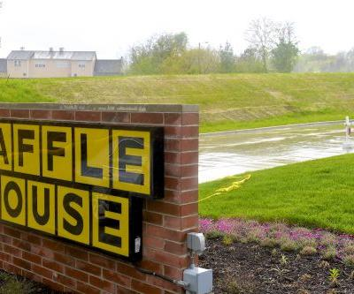 Is Waffle House Open On Christmas Day? Get Ready To Feast