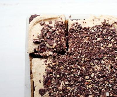 Chocolate Caramel Almond Crunch Brownies: A Brownie Recipe Like No Other