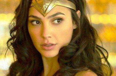 Gal Gadot Suits Up as Wonder Woman to Surprise a
