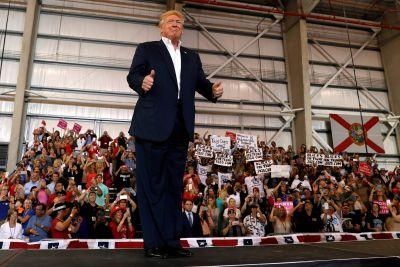 Trump rallies Florida supporters 'without the filter of fake news'