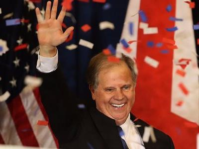 Alabama's new senator-elect pulled off something virtually impossible that we haven't seen in nearly a decade