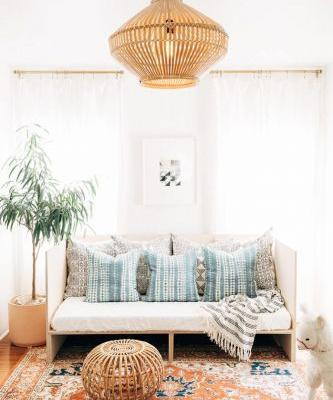DIY PROJECT: MAKE YOUR OWN DAYBED