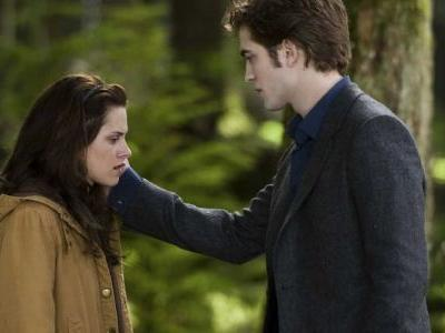 Twilight: The 10 Worst Things Edward Has Ever Done   ScreenRant