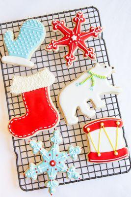 How to Make Beautifully Decorated Holiday Cookies