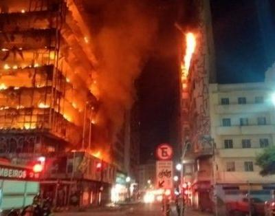 Sao Paulo High Rise Collapses After Massive Inferno - Killing at Least 1