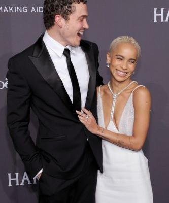 Zoe Kravitz & Karl Glusman Are Engaged & Their Proposal Story Is So Adorably Chill