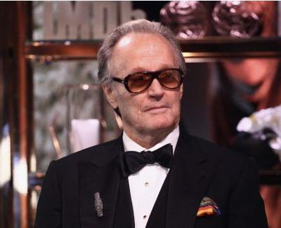 Peter Fonda's Rep Explains Vile Barron Trump Tweets: Actor Was Responding to 'Evil' Border Policy.Just Like the Pope