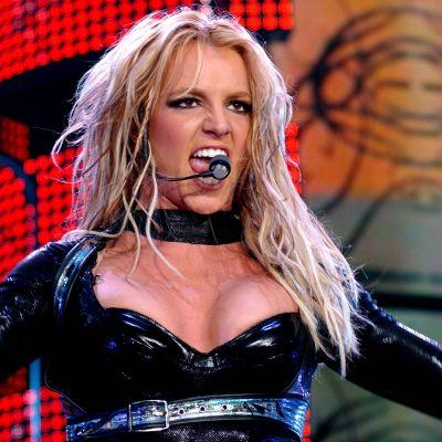The First Trailer for Lifetime's Britney Spears Movie Recreates the Moment She Shaved Her Head!