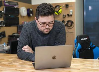 Which MacBook has the best battery life?
