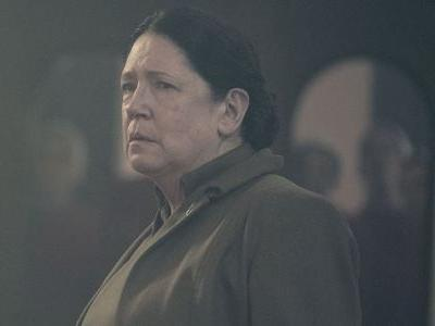 The Handmaid's Tale: Does Aunt Lydia Survive the Season 2 Finale? Here's What We Know
