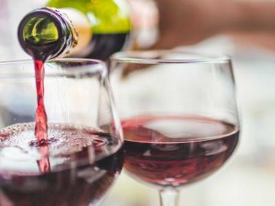 An antioxidant in red wine might power astronauts on Mars, study says