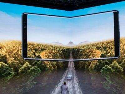 Samsung Galaxy X, Motorola Razr: Foldable Phones Are About To Be In Style Again