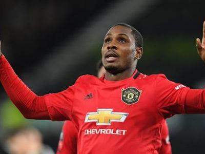 """""""I had good offers"""" - Ex-Man United star emotional after departing, confirms he had offers to stay in England"""