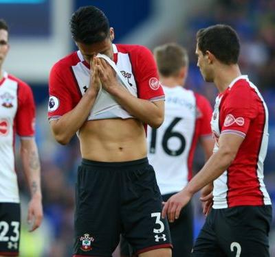 Everton 1 Southampton 1: Davies' deflected strike at the death hands West Brom a lifeline