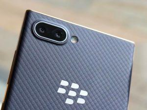 How To Use The BlackBerry Key2 LE's Convenience Key For Just About Anything