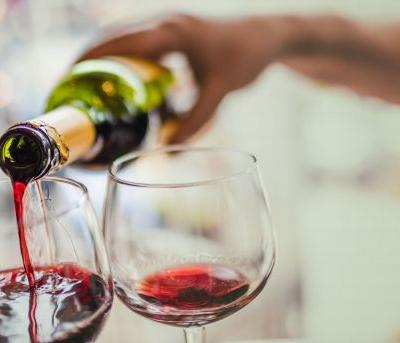 Here are 5 health benefits of red wine for National Drink Wine Day